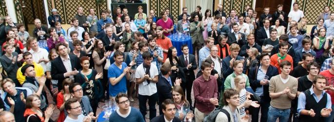 Juni 2012: Abschluss der ersten Meisterschaft im Deutschssprachigen Debattieren (MDD) in Österreich im Wiener Palais Auersperg
