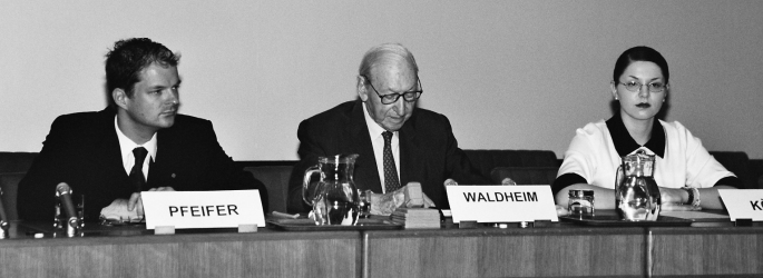 Former UN Secretary General Kurt Waldheim Guest Speaker at VIMUN 2002